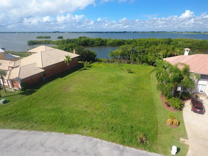 388 Lanternback Island Drive, Satellite Beach, FL 32937