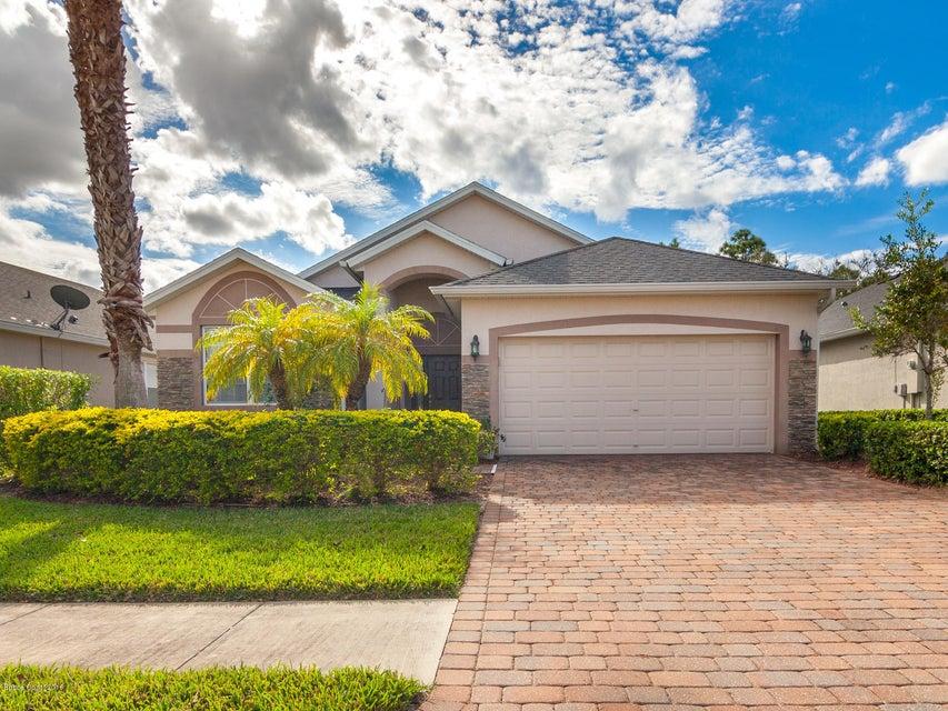 664 Remington Green Drive, Palm Bay, FL 32909