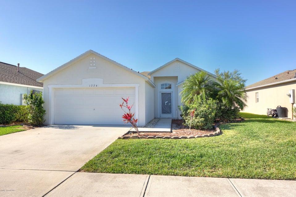 1724 SW Las Palmos Drive, Palm Bay, FL 32908