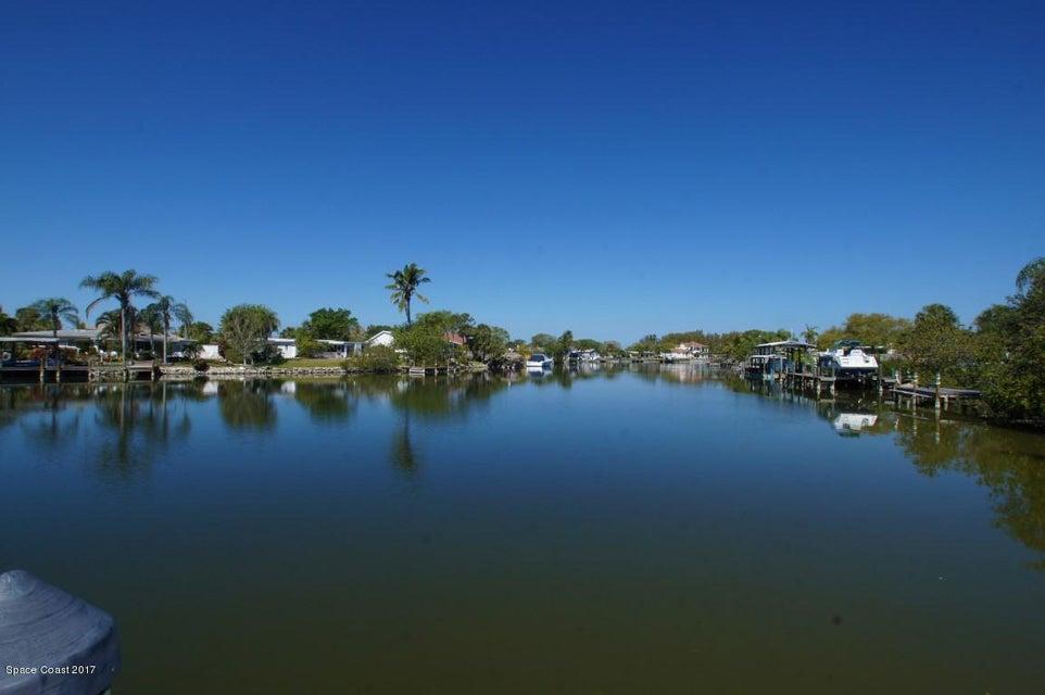 Azalea Dr 29 - Canal View (Medium)
