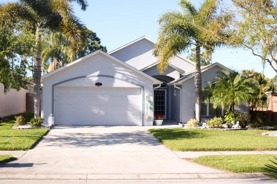 2000 Stratford Pointe Drive, West Melbourne, FL 32904