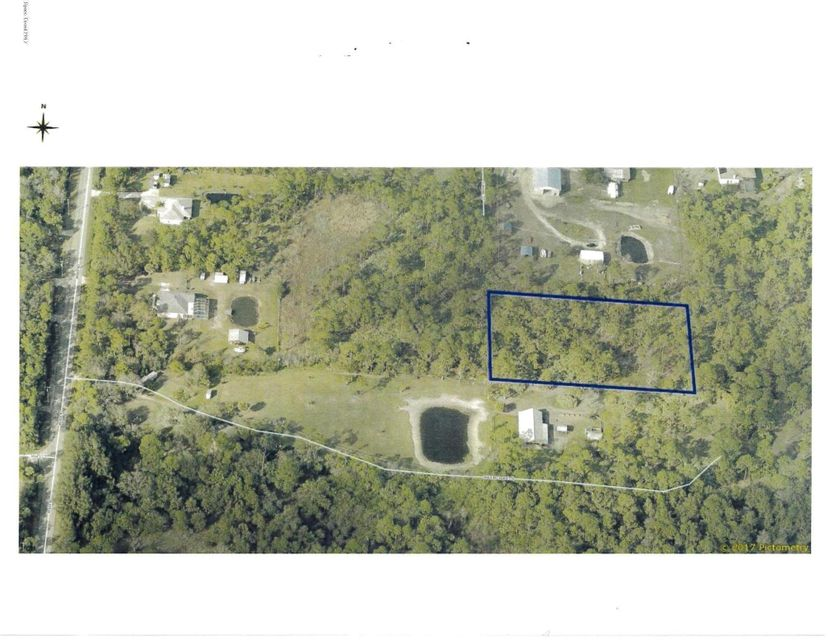 1.8 Acre Parcel in nice rural area of Malabar! (Melbourne Heights Sec B) 5 minutes from US1 ,Indian River, Boat Ramps, and Waterfront Restaurants. 4 miles to Publix and Shopping!