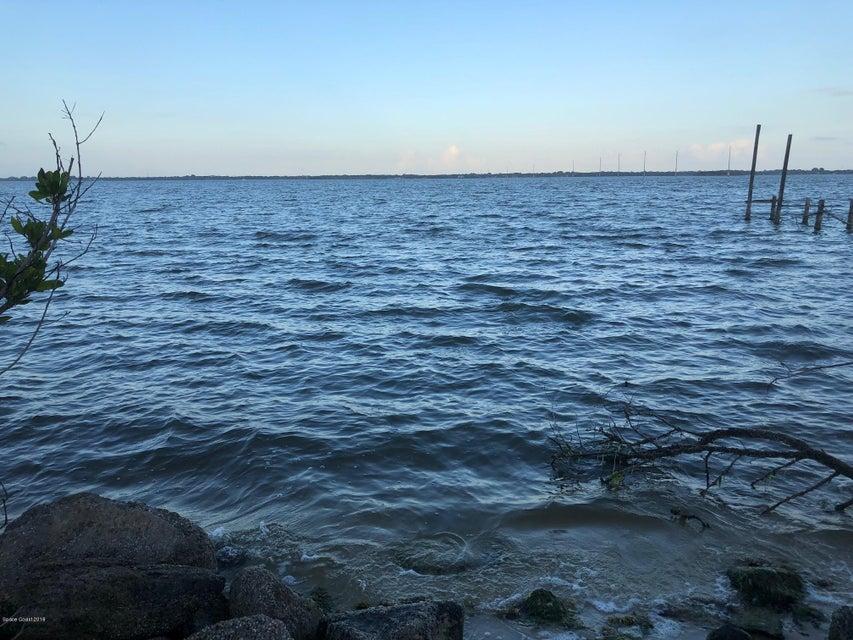 3477 Indian River Drive, Cocoa, FL 32926