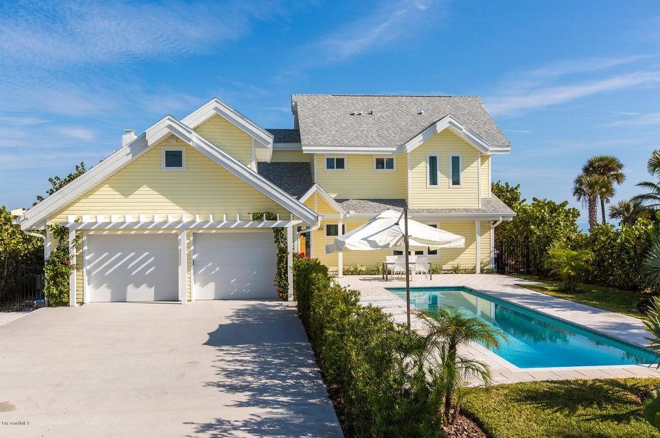 689 S Atlantic Avenue, Cocoa Beach, FL 32931