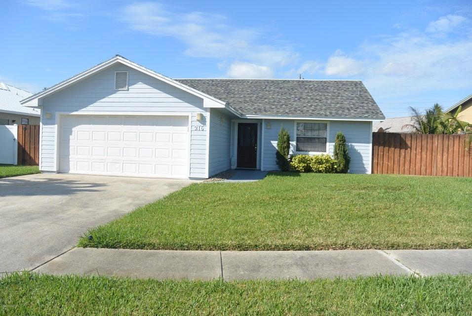 216 Circle Circle, Cape Canaveral, FL 32920