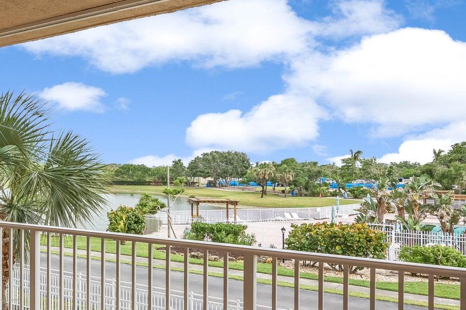 604 Shorewood Drive 204, Cape Canaveral, FL 32920