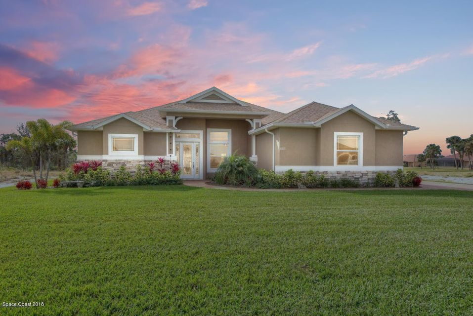 4825 Tiverton Court, Melbourne, FL 32934