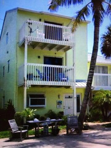 200 Third Avenue, Melbourne Beach, FL 32951