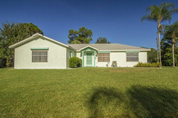 586 Waylaid Avenue SW, Palm Bay, FL 32908