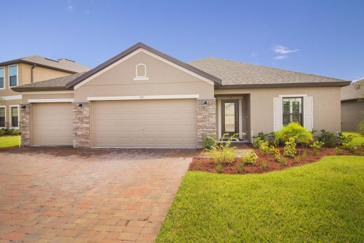 537 Dillard Drive SE, Palm Bay, FL 32909