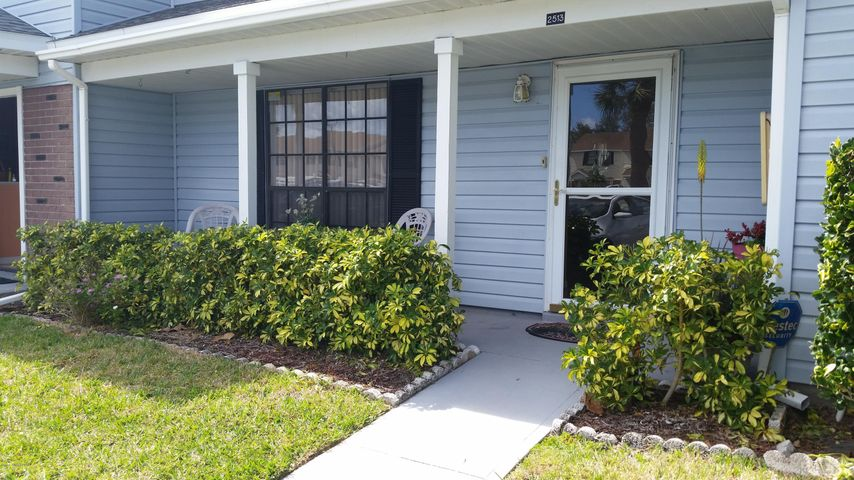 2513 Manor Drive NE, Palm Bay, FL 32905