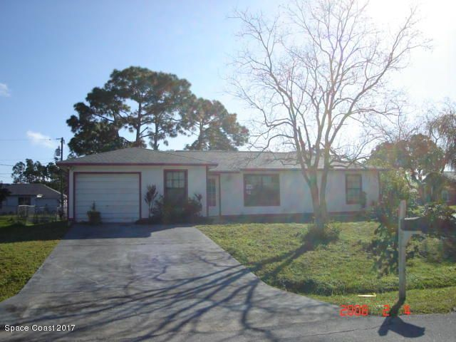1501 Fairlee Avenue NW, Palm Bay, FL 32907