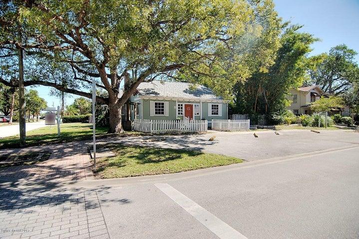 170 N Grove Street, Merritt Island, FL 32953