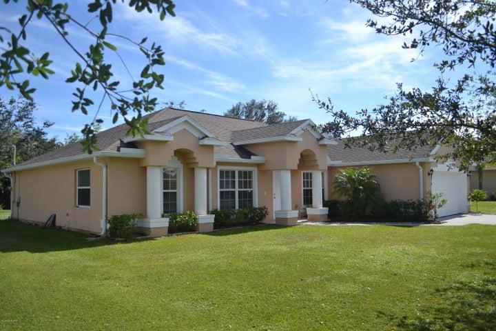 176 Spring Valley Avenue, Sebastian, FL 32958