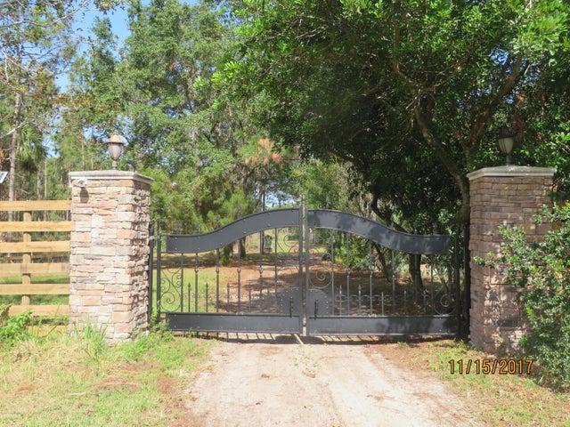 7400 Bridal Path Lane, Cocoa, FL 32927
