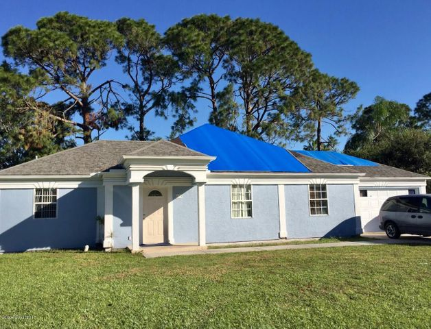 879 NE Forest Street NE, Palm Bay, FL 32907