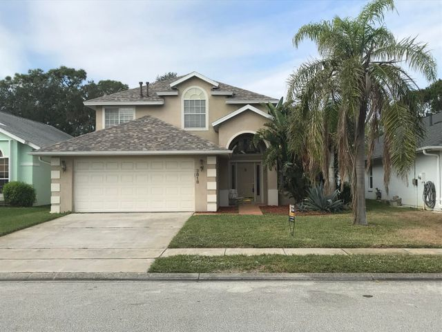 Beautiful front view of this awesome 2 story house in great subdivision of East Bay Plantation, close to shopping and not far from beaches. Interior looks like a model. Show your fussiest buyer.
