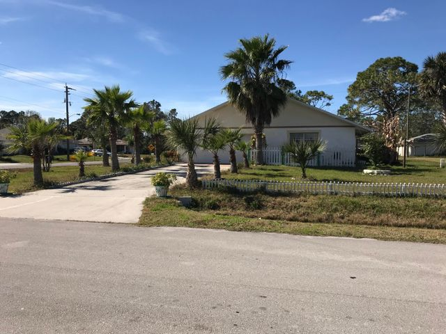 491 Americana Boulevard NE, Palm Bay, FL 32907