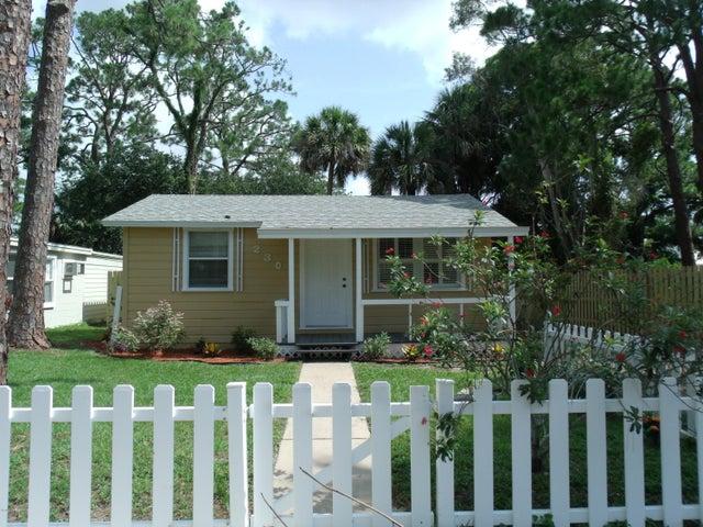 230 Acorn Drive, Titusville, FL 32780
