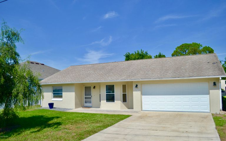5945 Grissom Parkway, Cocoa, FL 32927