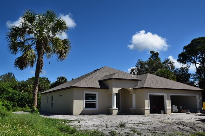 457 Catalina Avenue NW, Palm Bay, FL 32907