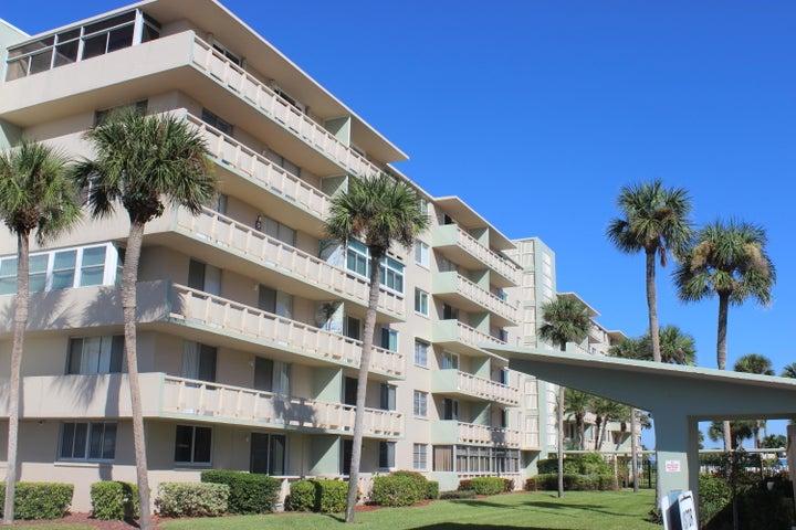 2020 N Atlantic Avenue, 104 N, Cocoa Beach, FL 32931
