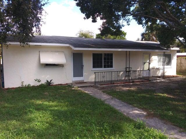2955 Hartman Lane, Mims, FL 32754