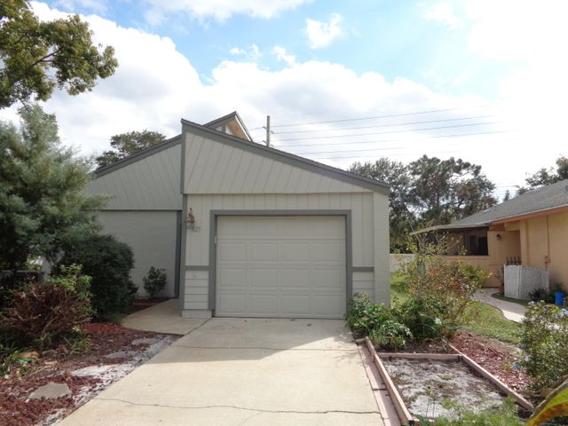 425 Willow Tree Drive, Melbourne, FL 32940