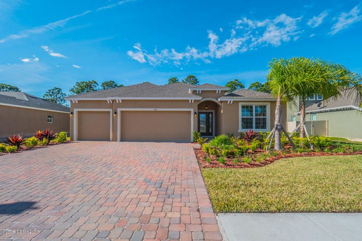 545 Easton Forest Circle SE, Palm Bay, FL 32909