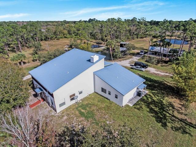 5885 Outback Avenue SE, Grant Valkaria, FL 32909