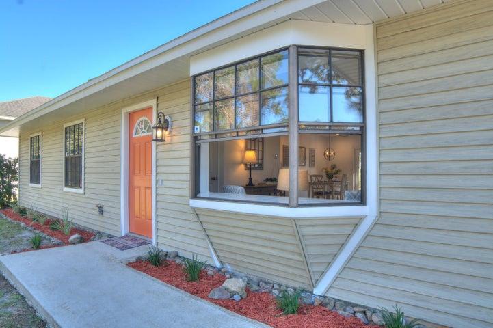 1306 Tarleton Street SE, Palm Bay, FL 32909