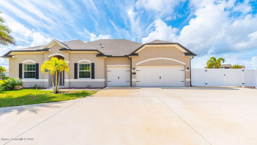 2055 Safe Haven Street, Grant Valkaria, FL 32949