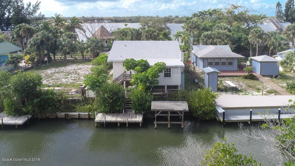 35 Vip Island, Grant Valkaria, FL 32949