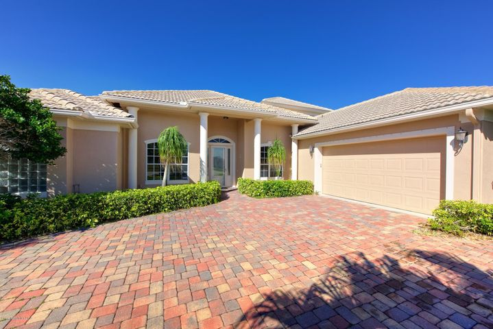 13 Cove View Court, Cocoa Beach, FL 32931