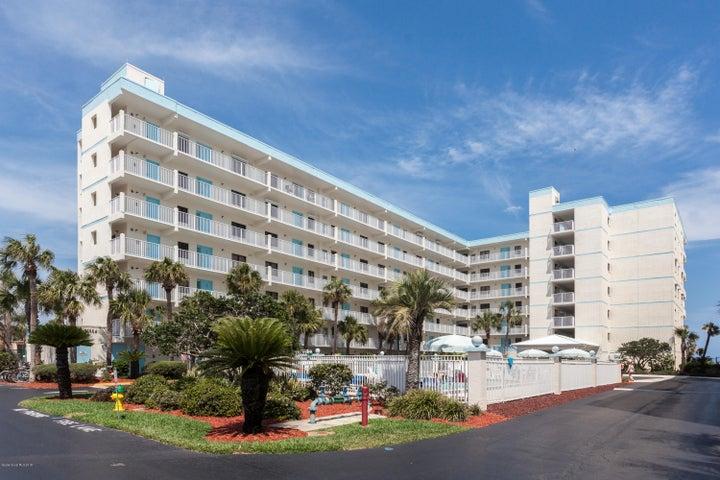 1050 N Atlantic Avenue, 204, Cocoa Beach, FL 32931