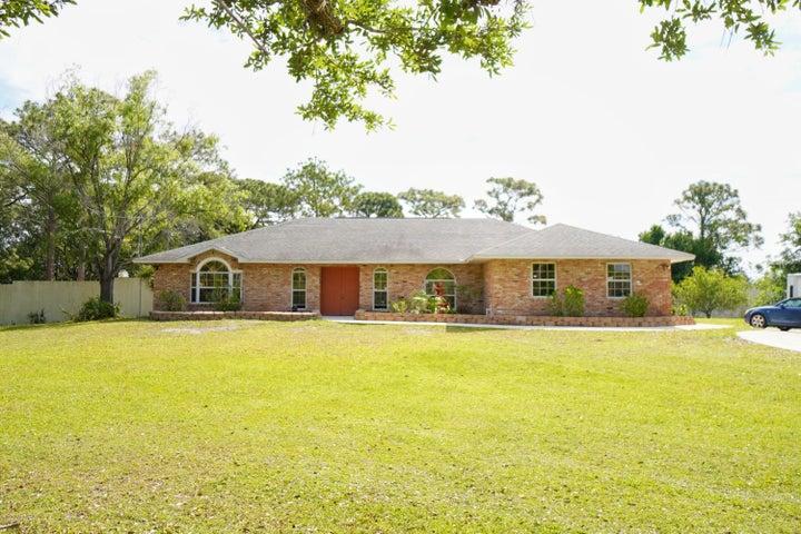 2555 Macdonald Lane, Malabar, FL 32950
