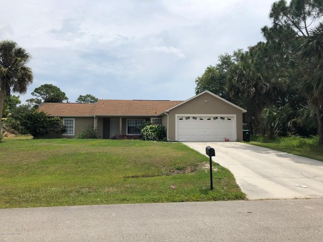 867 Parsons Circle SE, Palm Bay, FL 32909