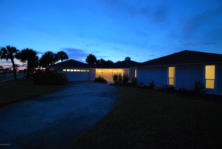 280 Pompano Drive, Melbourne Beach, FL 32951