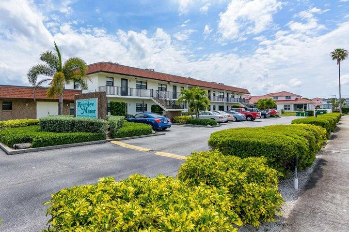 200 Saint Lucie Lane, 203, Cocoa Beach, FL 32931