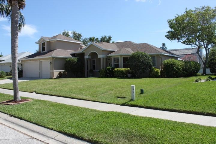 834 Woodbine Drive, Merritt Island, FL 32952