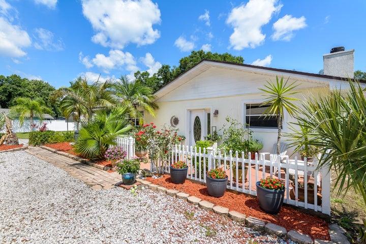 1390 Hall Road, Malabar, FL 32950