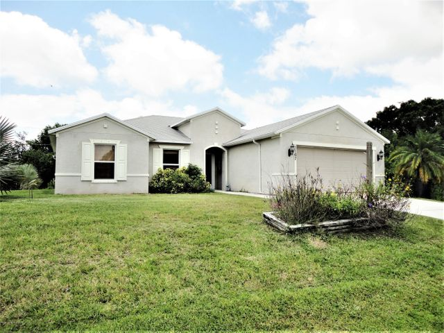 1167 Weslaco Street SE, Palm Bay, FL 32909