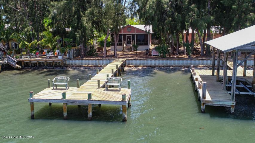 8 Vip Island, Grant Valkaria, FL 32949