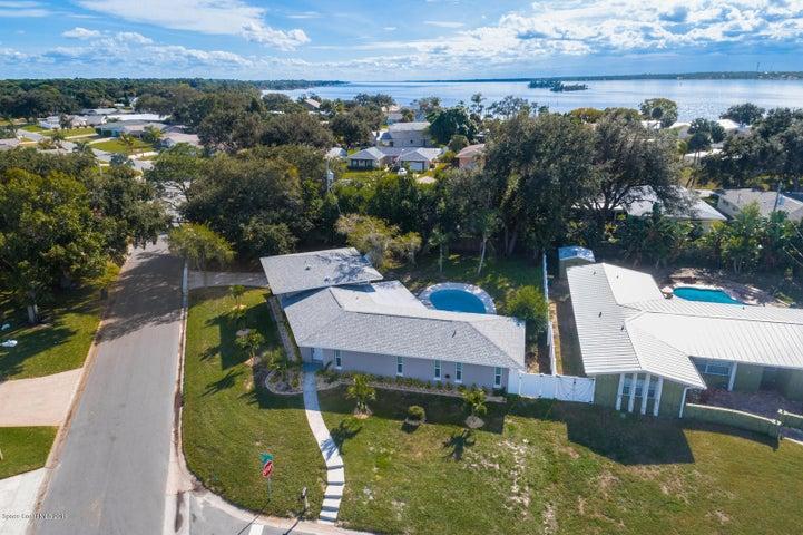 95 Alhambra Drive, Merritt Island, FL 32952