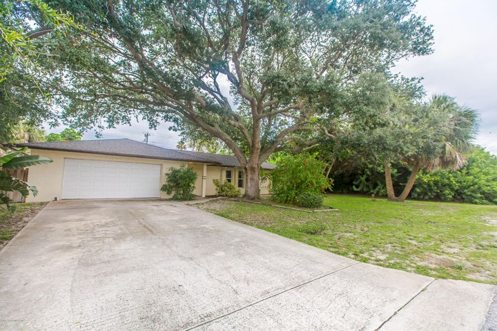 214 7th Avenue, Indialantic, FL 32903