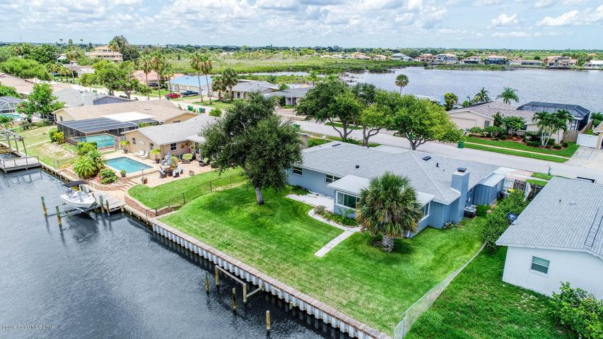 1735 Larchmont Court, Merritt Island, FL 32952