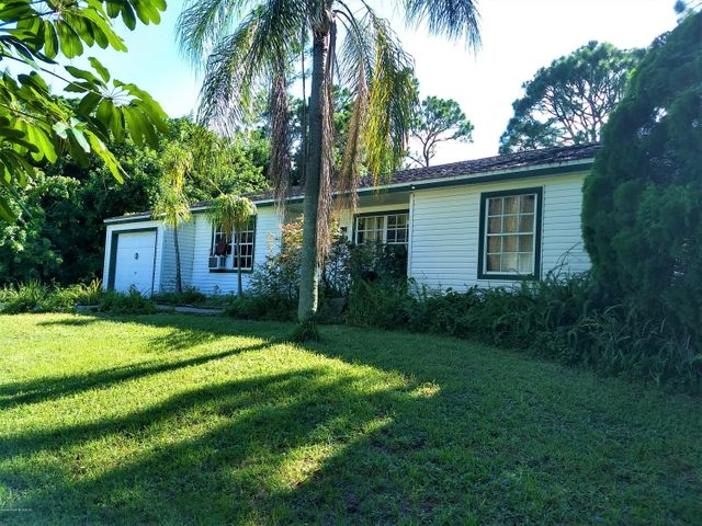 412 Calabria House Only Avenue SE, Palm Bay, FL 32909
