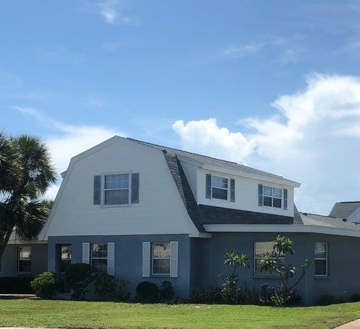 300 Emerald Place E, Indian Harbour Beach, FL 32937