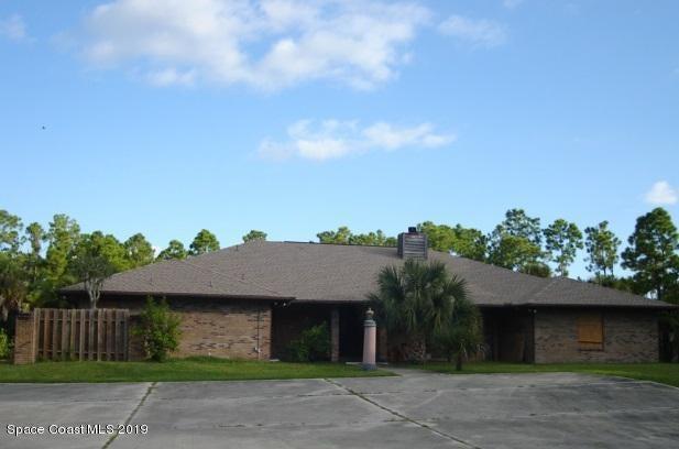 1596 Farnsworth Avenue, Grant Valkaria, FL 32950