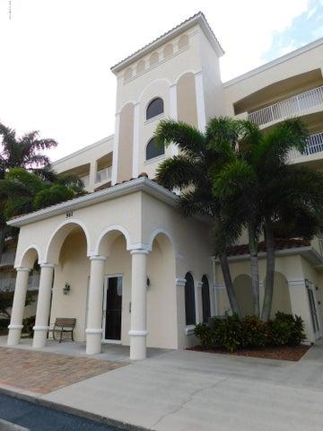 561 Casa Bella Drive, 203, Cape Canaveral, FL 32920